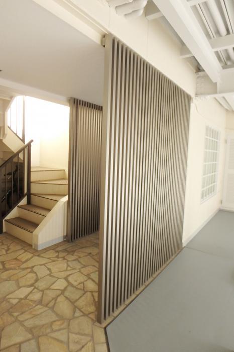 1階玄関前