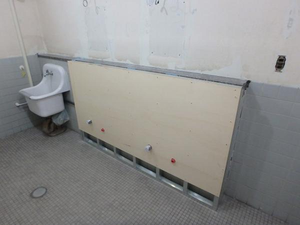 (10)女子トイレ下地組2