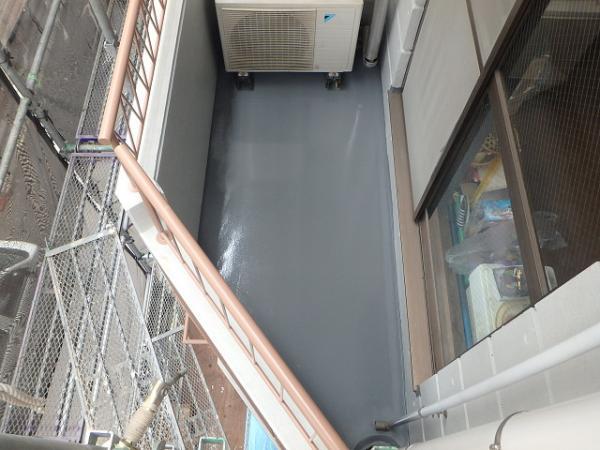(12)ベランダ床防水(トップコート仕上げ)