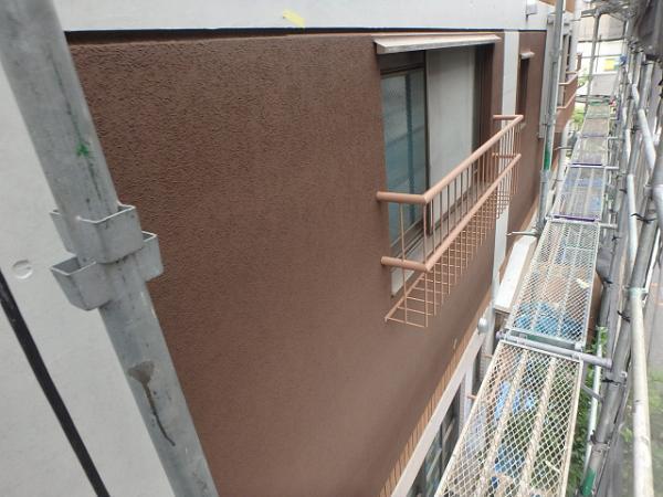 (6)外壁仕上げ塗装(リシン面)2<br />