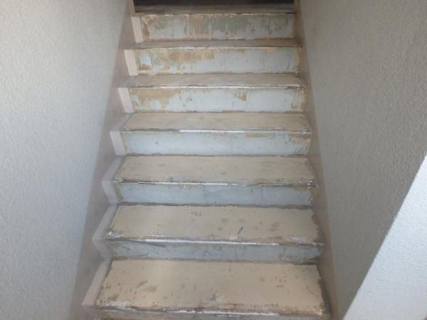 (6)階段長尺シート撤去3