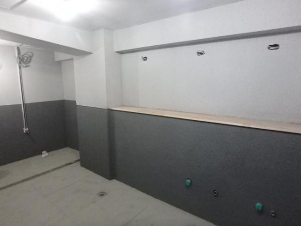 (8)トイレ壁吹付け塗装5