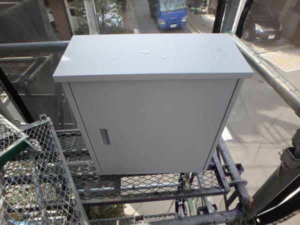 (8)避難器具BOX錆止め塗装2