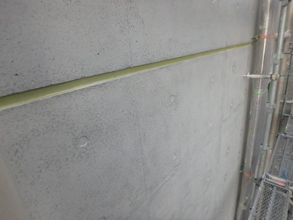 (9) 建物裏外壁塗装1