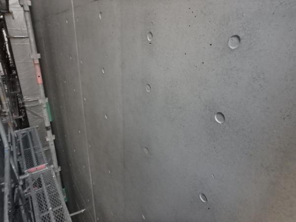(4) 建物裏面外壁塗装完了3
