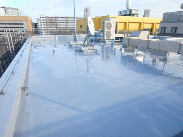 (2) 屋上防水トップコート完了1