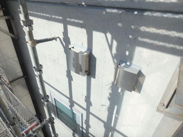 (8) 南側壁面塗装工事