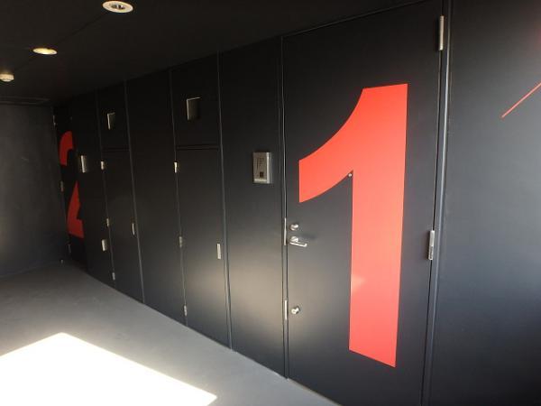 (12) 廊下塗装完了1