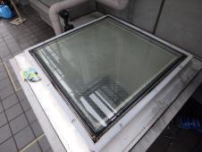 11.3階トップライトガラス交換完了