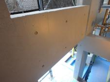2.中庭右面梁塗装