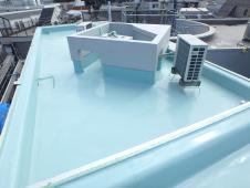 3.屋上ウレタン防水塗装1層目1