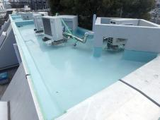 4.屋上ウレタン防水塗装1層目2