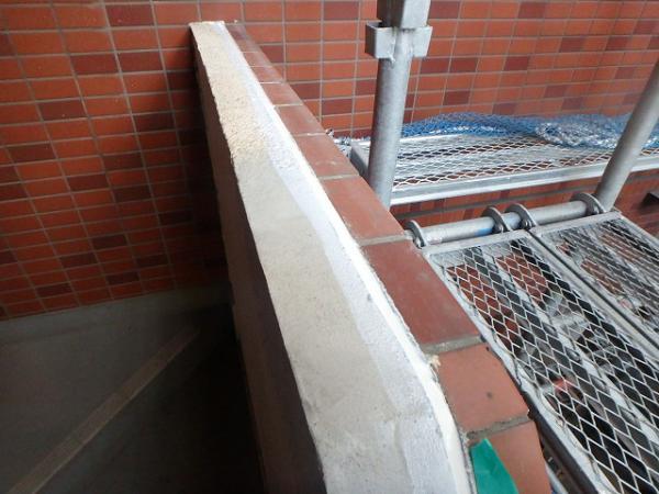 (15)階段取合シール打設