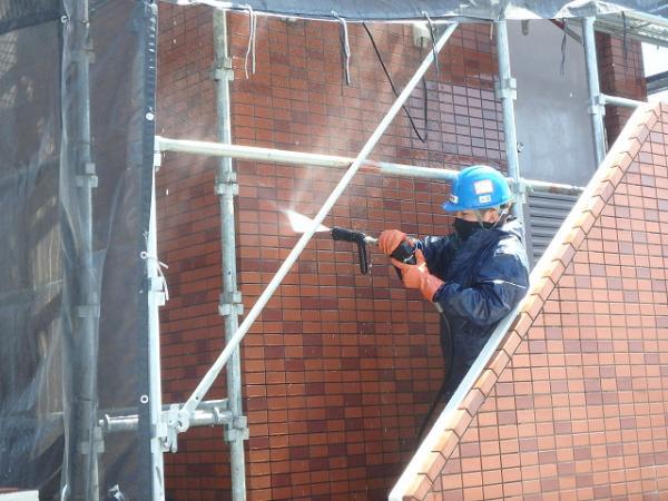 (9)外壁高圧洗浄1