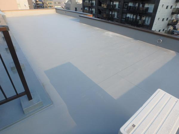 (13)屋上防水完了1