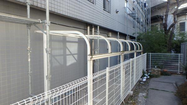 (5) 駐輪場屋根一時撤去