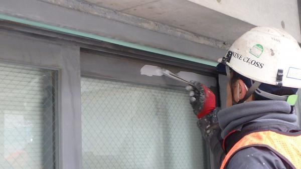 (15) ベランダ掃出し窓錆止め塗装