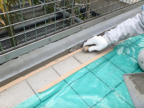 (1) 共用廊下床下地補修