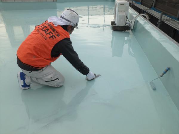 (2) 屋上防水 主剤塗布(2層目)2