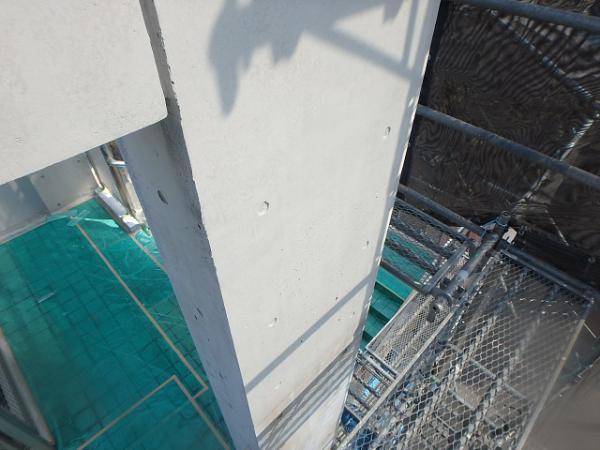 (15) 3階柱塗装完了