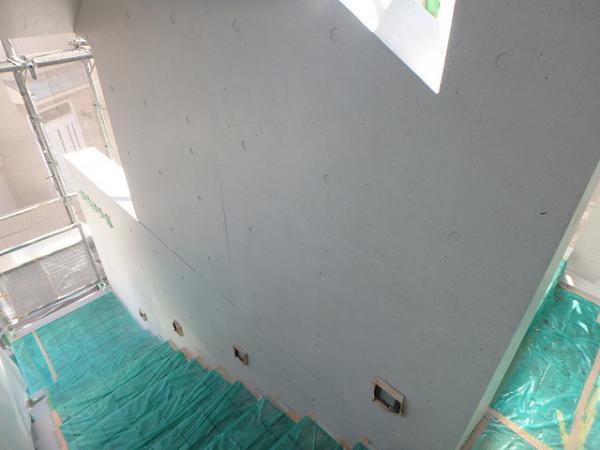 (4) 階段廻り塗装完了1