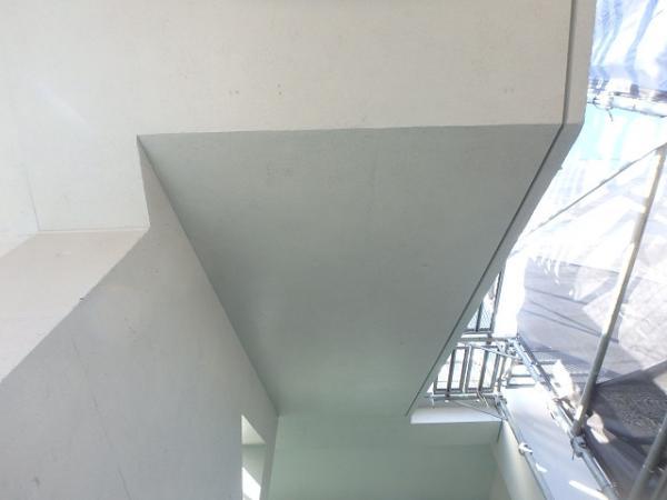 (5) 階段廻り塗装完了2