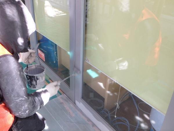 (14) 1階扉塗装2