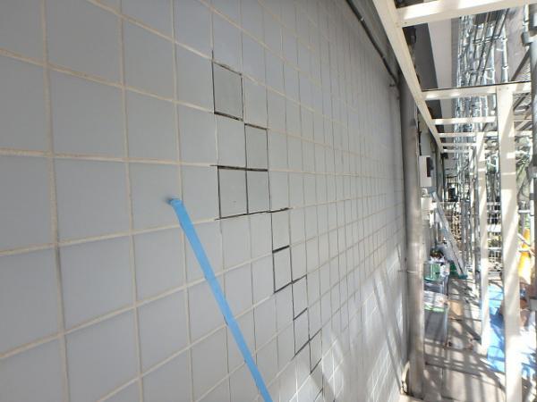 (1) 外壁タイル貼替え1