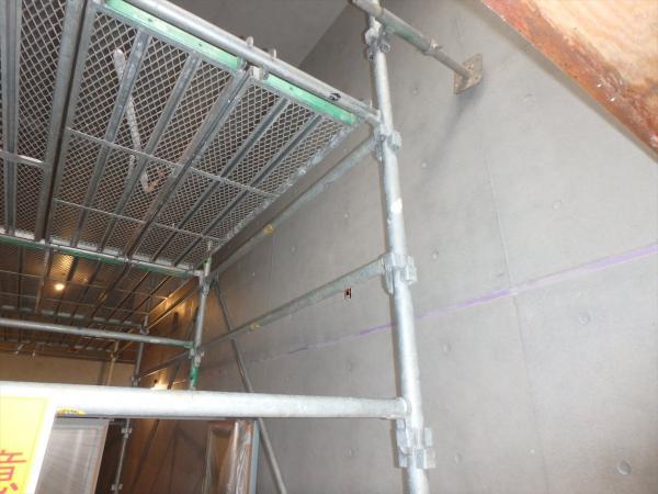 (1)エントランス壁面塗装1
