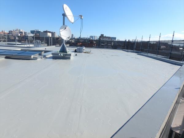 (1)屋上防水シート施工1