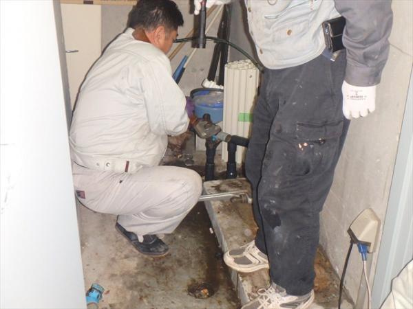 (8)増圧ポンプ交換工事1