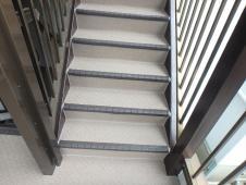 13.共用部階段長尺シート張り工事2