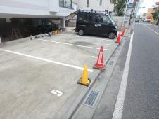 15.駐車場白線引き工事
