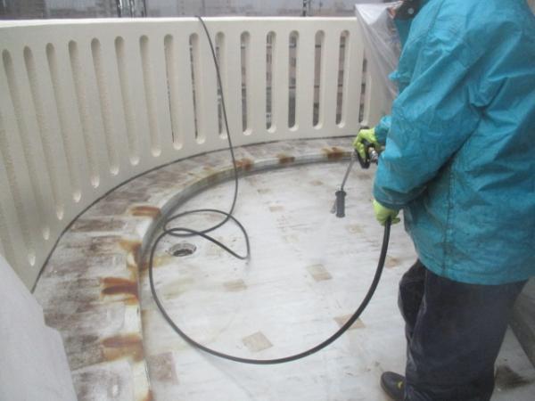(1) 西側バルコニー高圧洗浄1