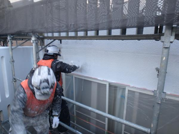 (11)南面外壁塗装作業1