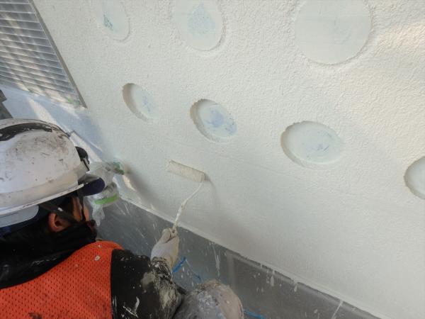 (12).南面ガラスブロック壁周り塗装1