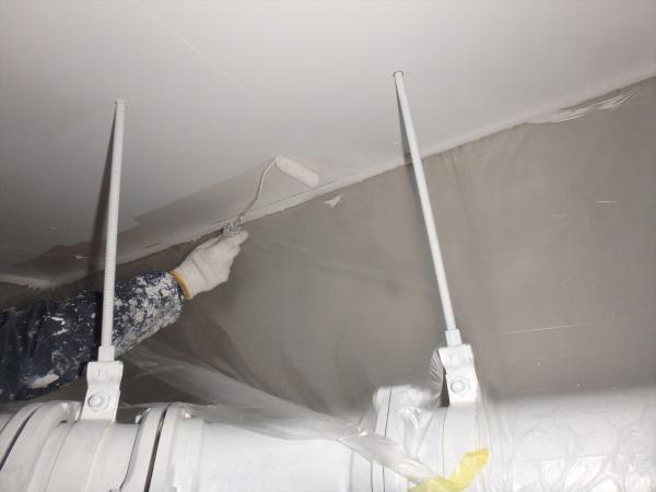 (15)駐車場天井塗装