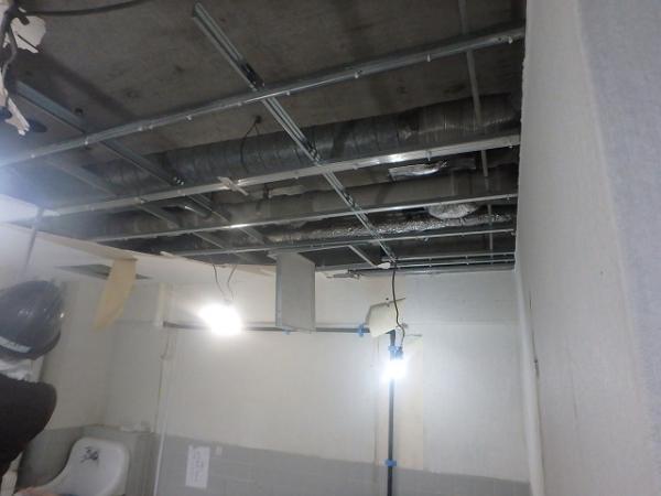(2) トイレ解体2