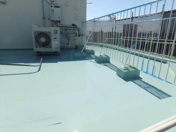 (2)屋上防水塗装2層目2