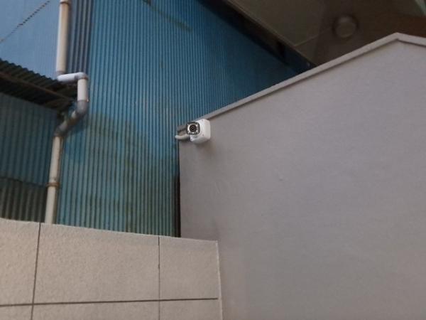 (3)エントランス防犯カメラ設置2