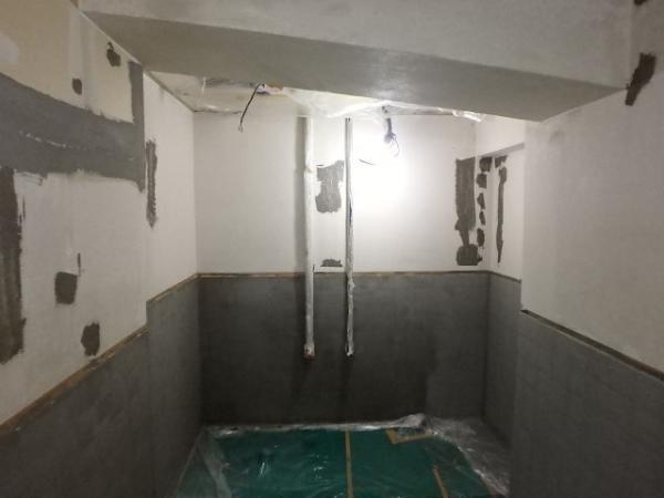 (3)トイレ壁下地補修3
