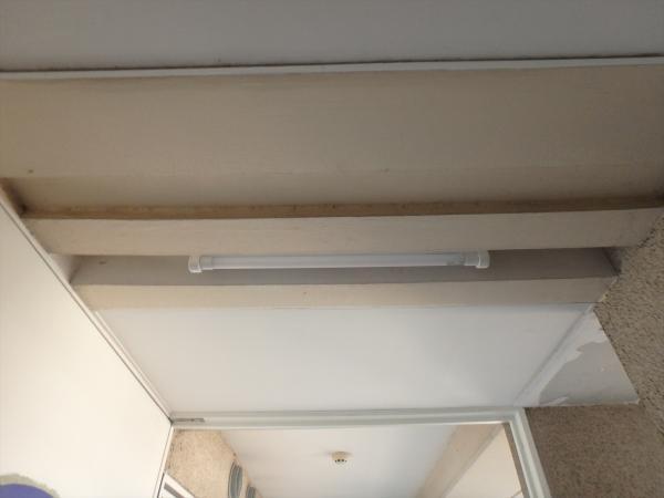 (4)共用部廊下ベースライト交換工事2