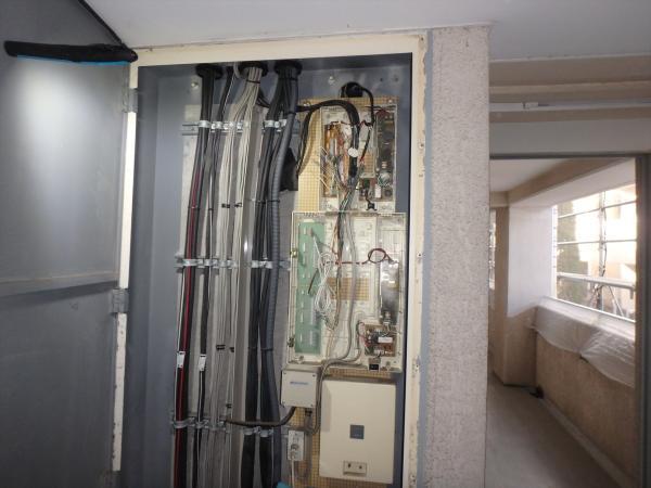 (6)インターホン集合装置交換1