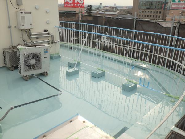(8).最上階防水塗装1層目4
