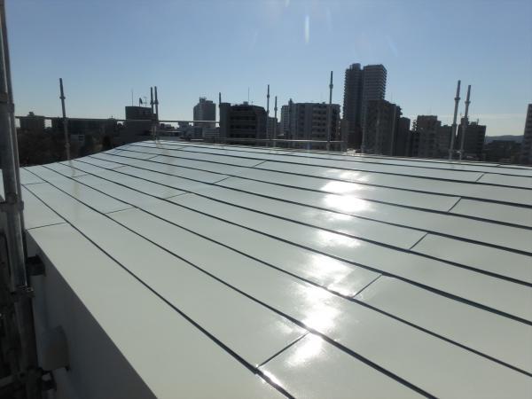 (9)屋上塔屋部屋根仕上げ塗装1