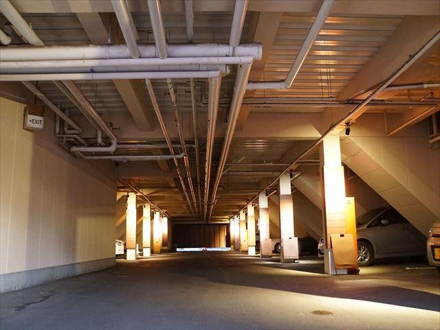 13.A棟 車庫内塗装 完了