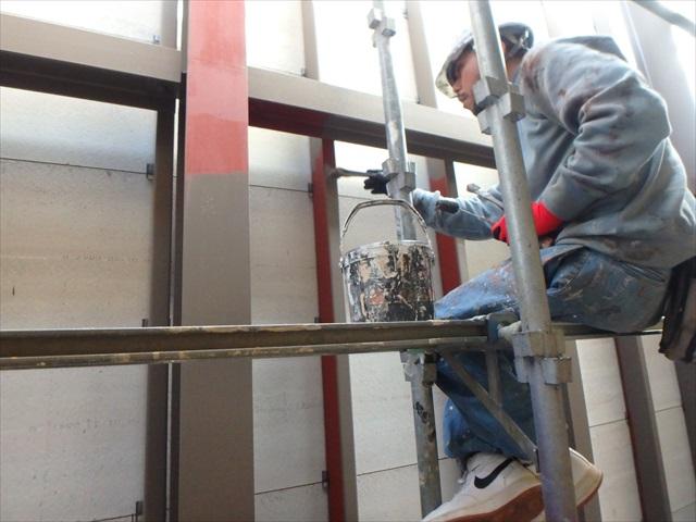 14.A-B棟 渡り廊下壁面・鉄骨塗装1