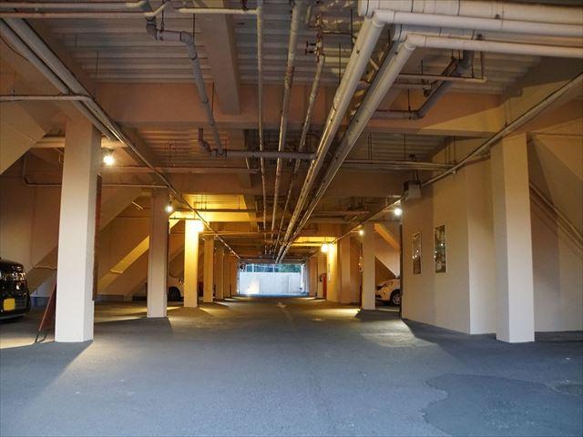 14.B棟 車庫内塗装 完了
