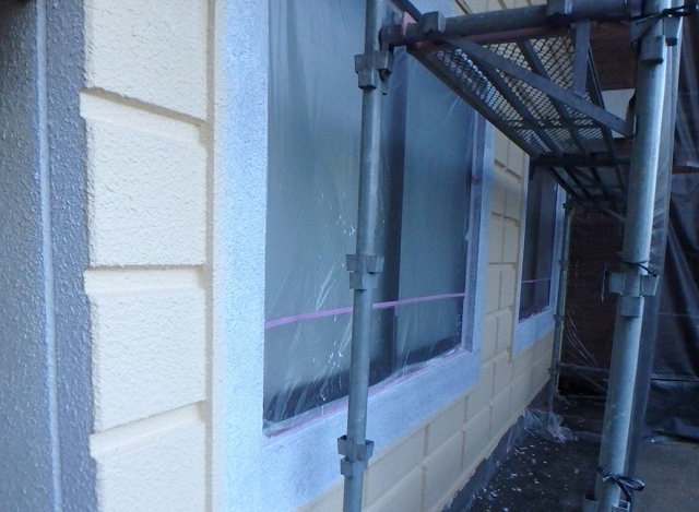5.窓枠廻り塗装1