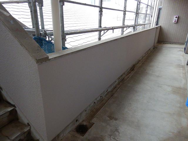 4.廊下腰壁塗装